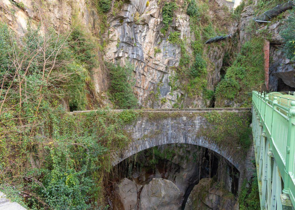 alla scoperta dell'Orrido di Bellano - ponte
