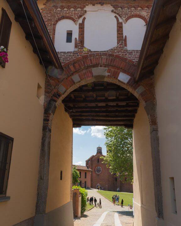 Porta di Morimondo
